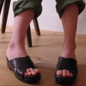 Dansko Mila woven cross strap slip on sandals